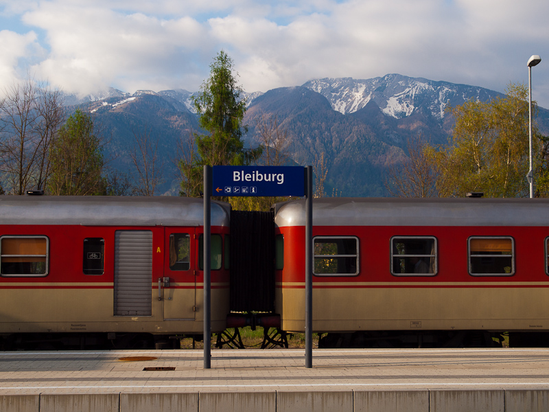The SZ 813 020 seen at Bleiburg station in Austria photo