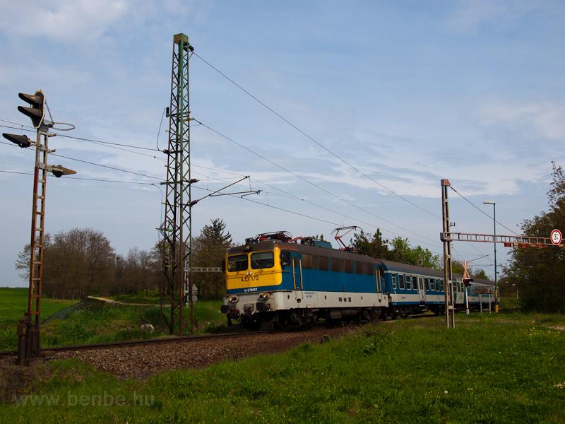 A MÁV-START 433 170 Ötvöskónyi megállóhelyen fotó