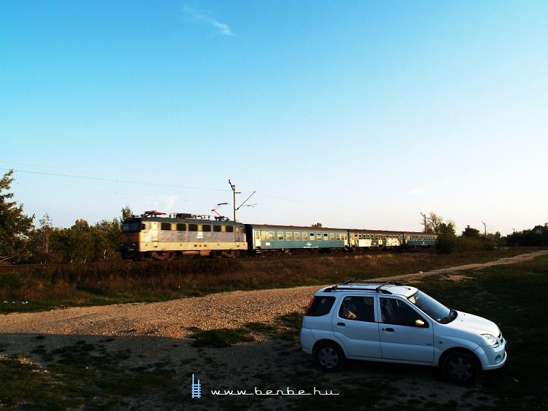 Gyorsvonat Délegyháza és Dunavarsány között fotó