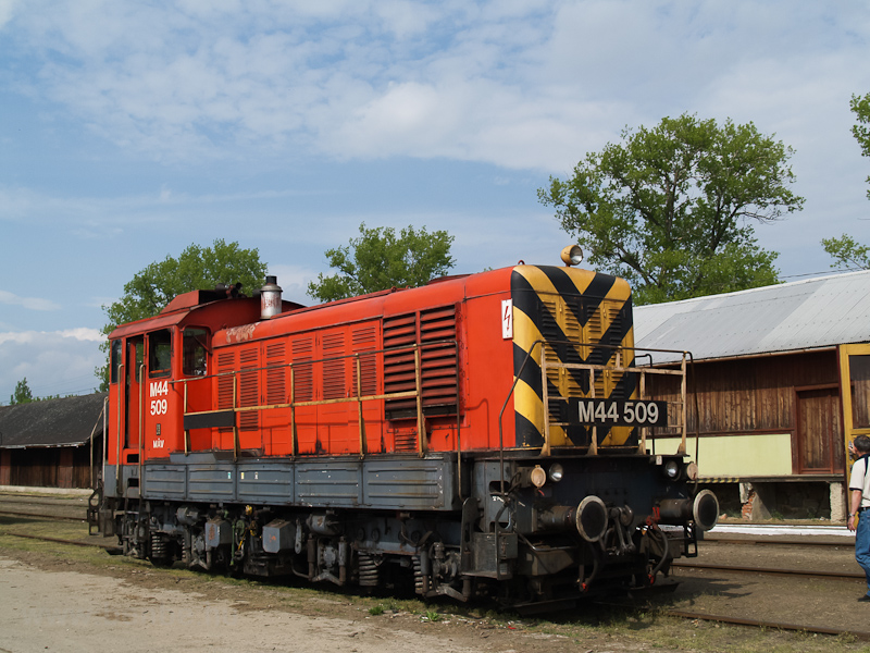 Az M44 509 Szécsényben fotó