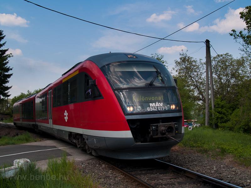 A 6342 011-1 pályaszámú Desiro motorvonat Ráróspusztán fotó