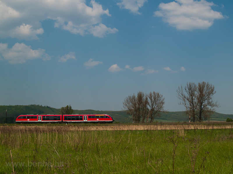 The 6342 011-1 Desiro between Rárós and Litke photo