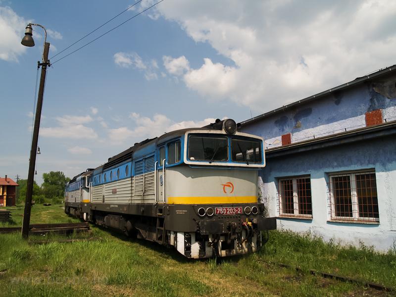 A ŽSSK 750 203-2 Füleken (Fil'akovo, Slovakia) fotó