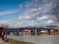 The 814-124 seen at Maribor on the Drava bridge