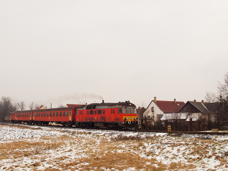 The MDmot 3022 seen between Debrecen and Szepeshalom photo