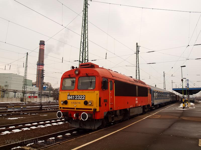 Az M41 2322 Debrecenben fotó