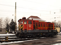 The M44 416 seen shunting at Debrecen