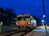 A MÁV-START Bzmot 390 Zalaszentiván állomáson várakozik csatlakozó vonatokra
