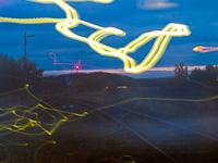 Bejáró vonat a napkeltében (terv szerint egy gyönyörû kép lenne)