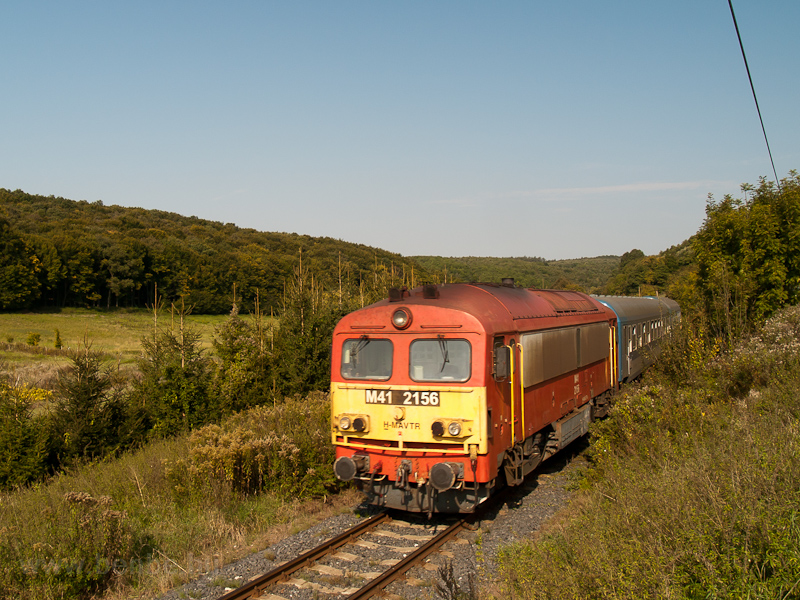 The M41 2156 seen hauling a photo