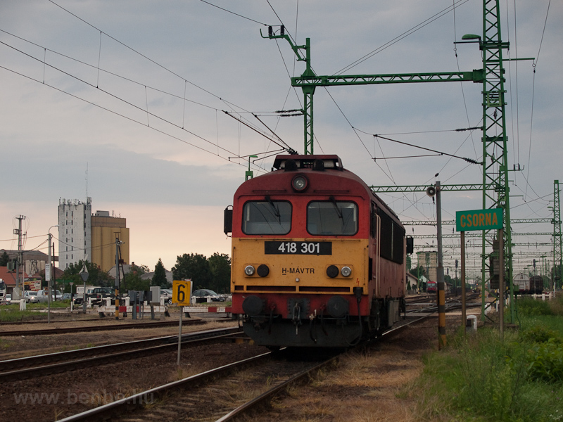The MÁV-TR 418 301 seen at  photo