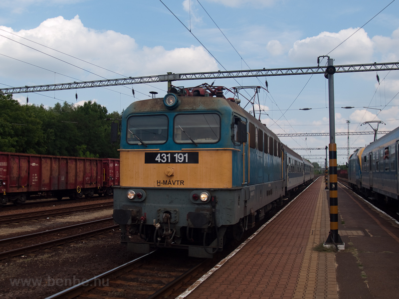 The MÁV-TR 431 191 seen at  photo