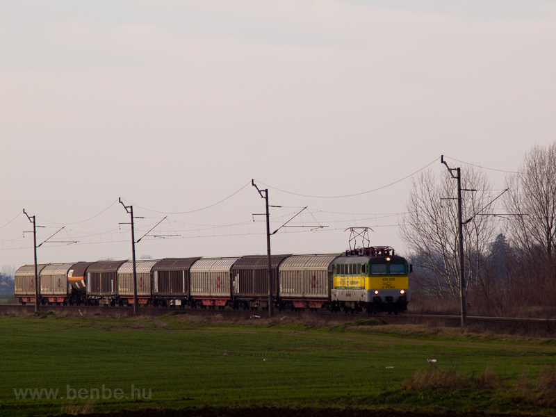 The GYSEV 430 335 seen between Farád and Csorna photo