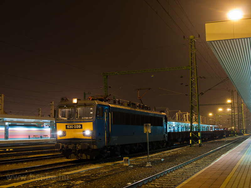 The MÁV-TR 630 039 seen at  photo