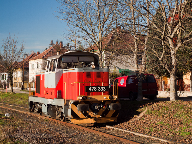 The MÁV-START 478 333 seen  photo