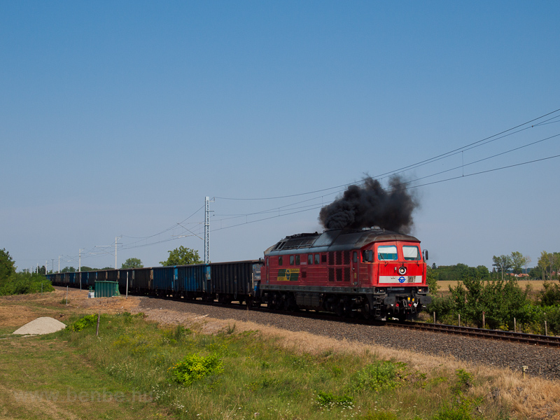 The GYSEV 651 0023 seen between Csánig and Répcelak photo