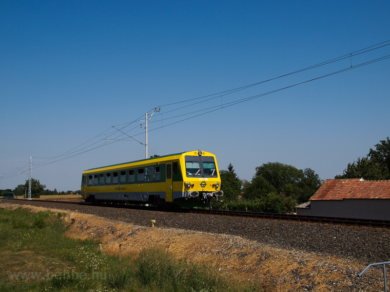 The GYSEV 247 506 seen betw photo