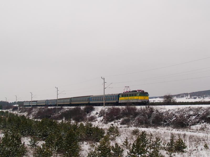 A GYSEV V43 328 Márkó és Veszprém között fotó
