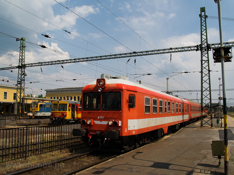 The MÁV Ab 25 seen at Széke photo