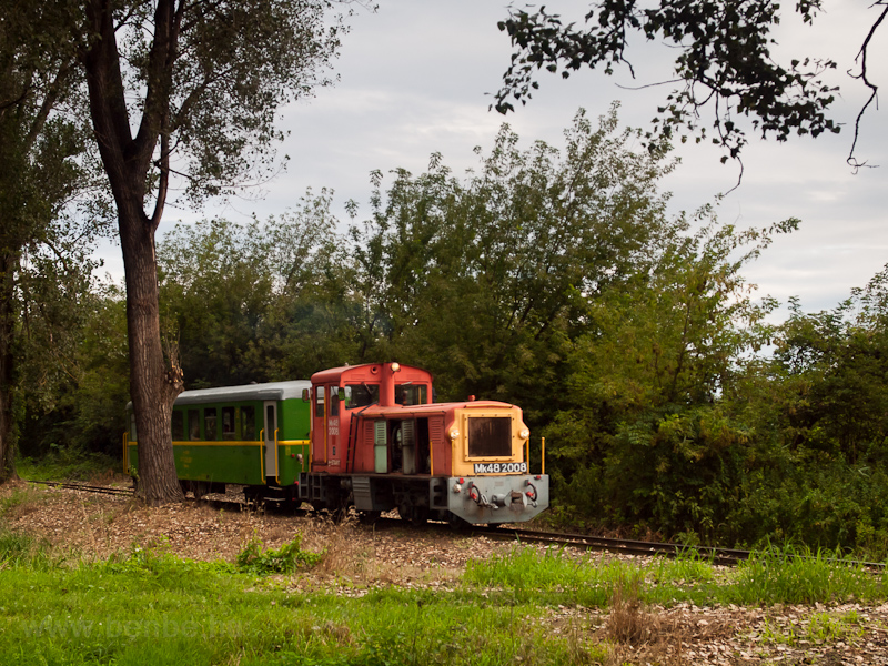 A MÁV-START Mk48 2008 Balatonfenyves és Imremajor között fotó