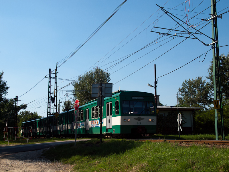 The BHÉV MX/A 949 seen betw photo