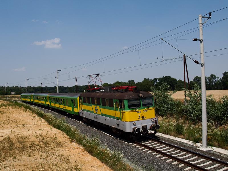 A GYSEV V43 329 Ják-Balogun fotó