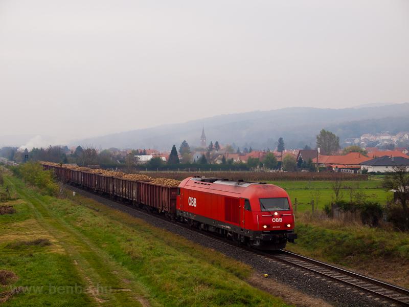 The ÖBB 2016 006 seen between Ágfalva and Loipersbach-Schattendorf photo