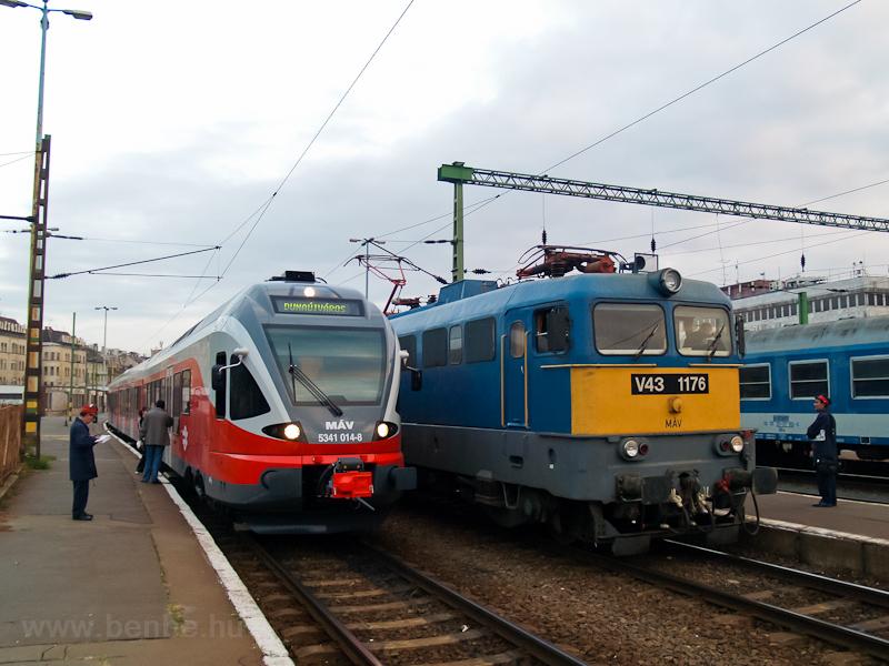 A MÁV 5341 014-8 és a V43 1 fotó