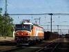Az MMV 047 0040-1 Dunaújváros állomáson egy szénvonattal