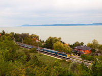 The MÁV-START 433 277 seen between Balatonszárszó and Balatonföldvár