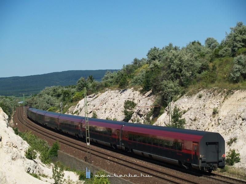 A  railjet -vonat hátulja fotó