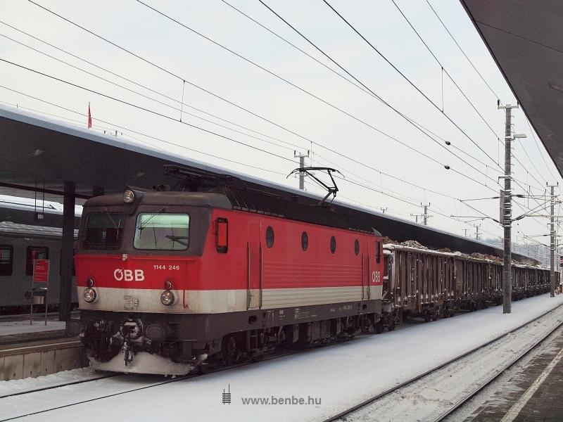 1144 246 St. Pölten Hauptbahnhofon fotó