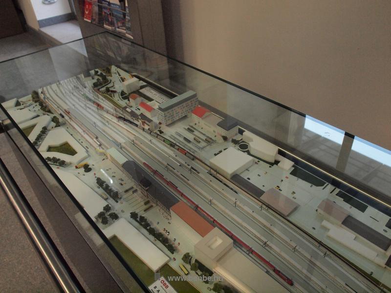 A St. Pölten-i állomás makettje fotó