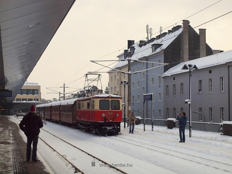 A BBÖ 1099.02 pályaszámú mariazellerbahnos villanymozdony St. Pölten Hbf-on fotó