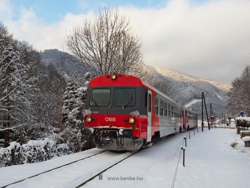 Az ÖBB 5047 008-7 pályaszámú motorkocsija Freilandban fotó