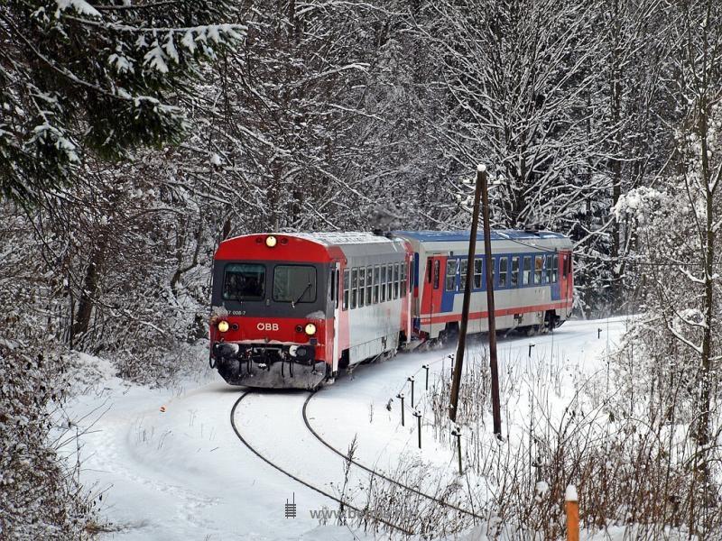 Az ÖBB 5047 008-7 Freiland és Innerfahrafeld között fotó