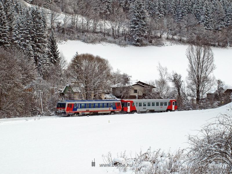 Az ÖBB 5047 038-4 Freiland és Innerfahrafeld között fotó