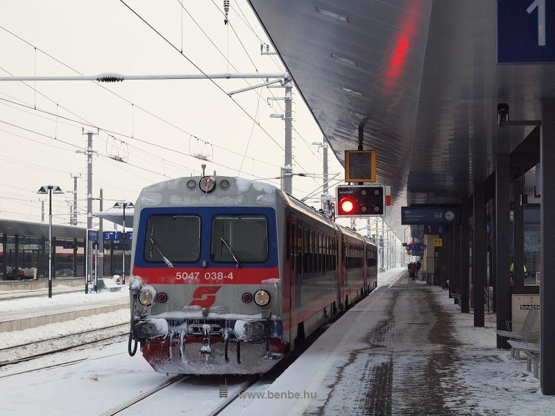 5047 038-4 St. Pöltenben fotó