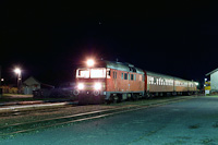 The MDmot 3022 at Sáránd by night