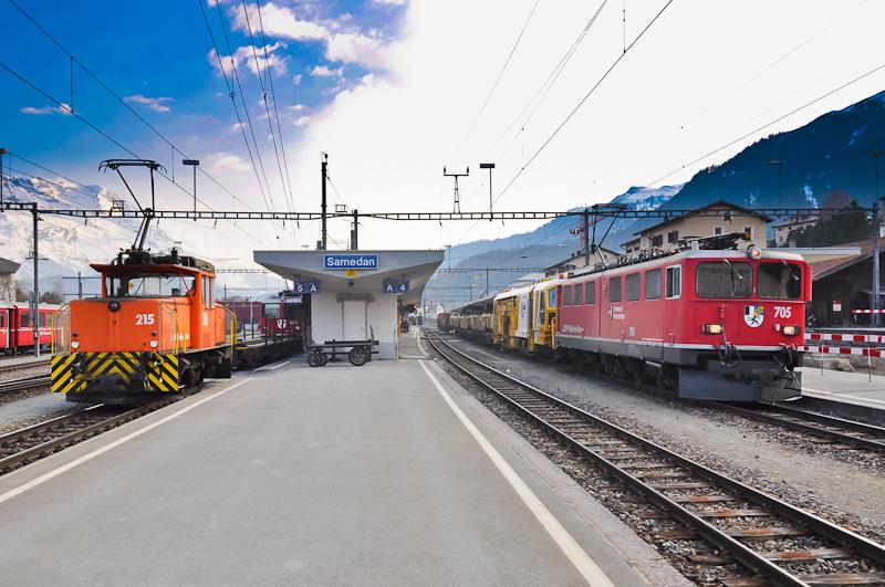 Teherkocsi lekapcsolása egy Scuol-Tarasp - Pontresina vonatról Samedanban fotó