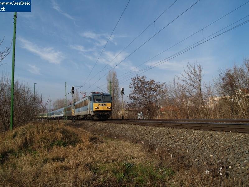 V63 046 a Bartók Béla útnál fotó