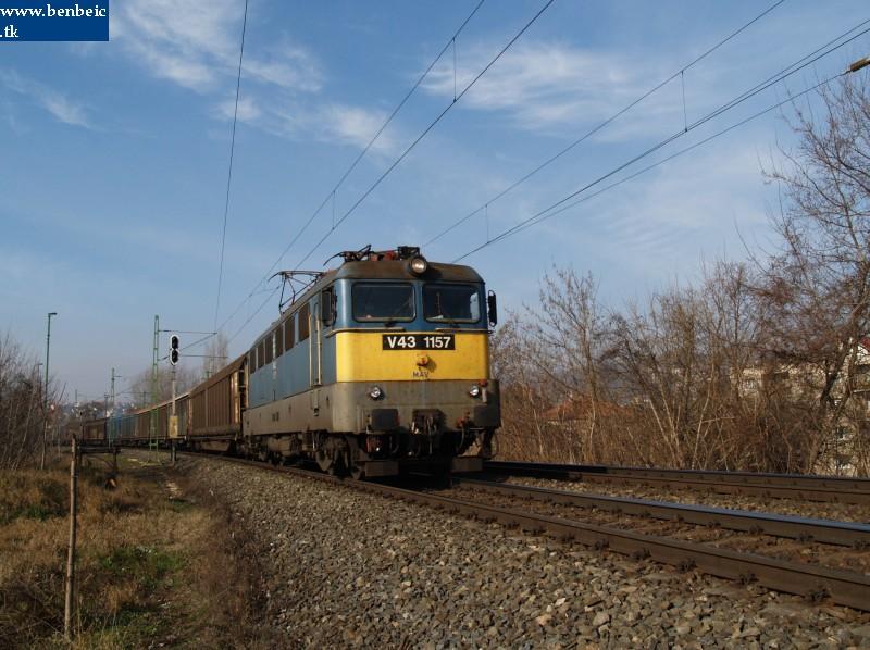 V43 1157 a Bartók Béla útnál fotó