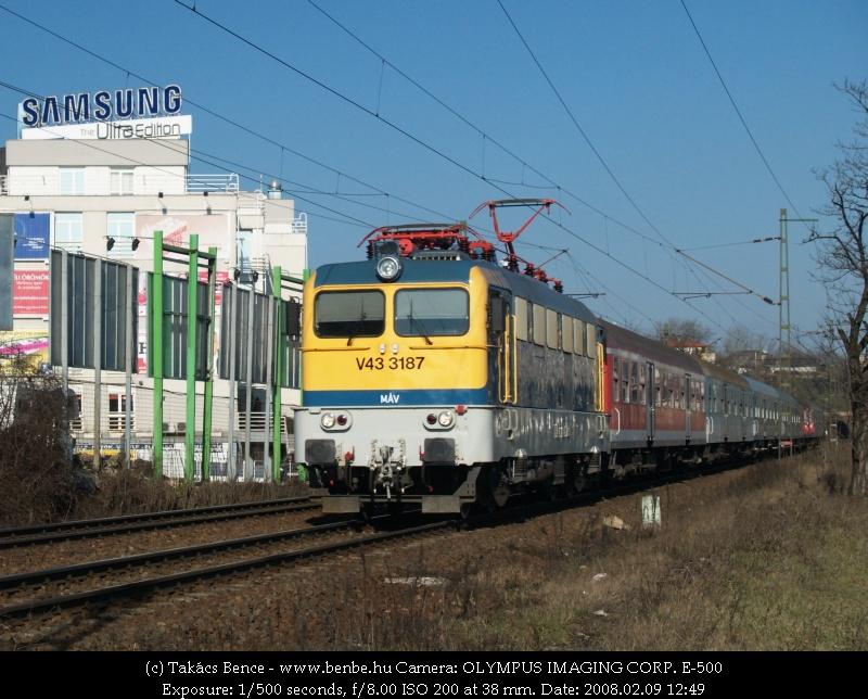 V43 3187 a Déli pályaudvar után fotó