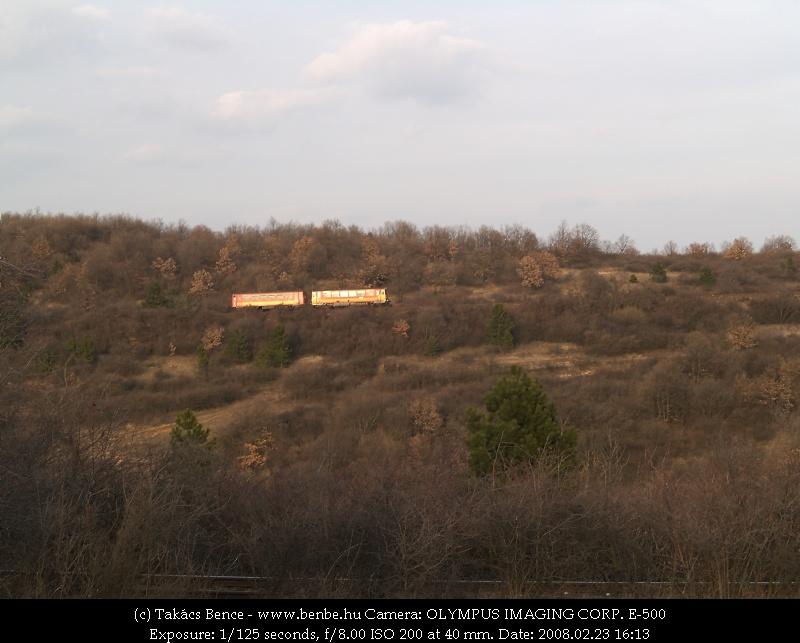 Bzmot 362 már a Bakony fennsíkján kapaszkodik Eplény felé fotó