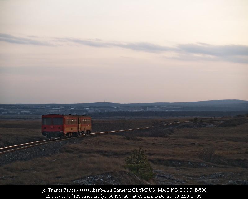 Bzmot 345 ereszkedik Veszprém felé fotó