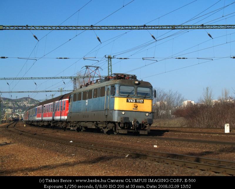 V43 1117 Kelenföldön fotó