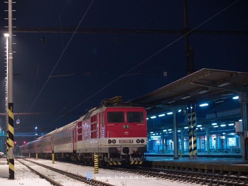 263 008-5 Párkány-Nána állomáson fotó
