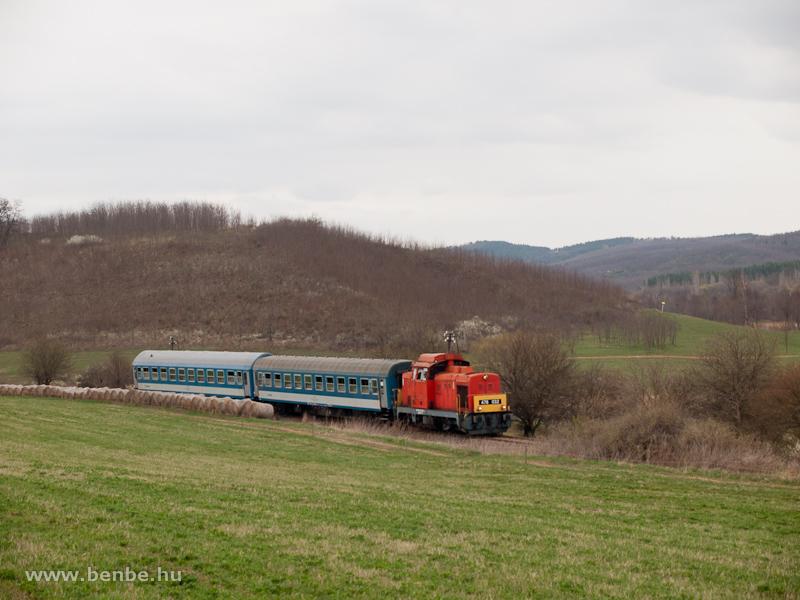 A MÁV-Trakció Zrt. 478 032 (ex-M47 2032) pályaszámú Dácsiája Mátramindszent és Mátraballa között fotó