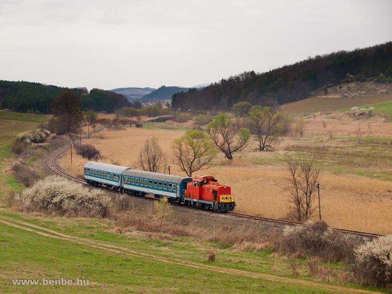 A MÁV-Trakció Zrt. 478 032 (ex-M47 2032) pályaszámú Dácsiája Mátraballa és Mátraderecske között fotó