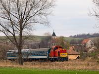 A M�V-Trakci� Zrt. 478 032 (ex-M47 2032) p�lyasz�m� D�csi�ja Nemtin�l